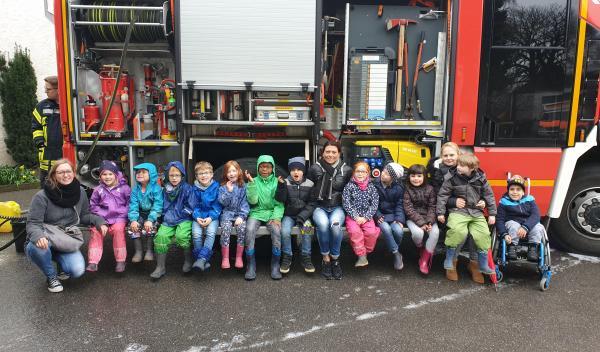 Der SchultütenClub besucht die Feuerwehr